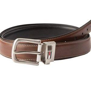 Tommy Hilfiger Reversible Leather Belt (JM1900014)